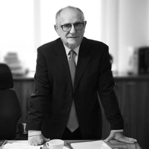 עורך הדין אהרון פולק